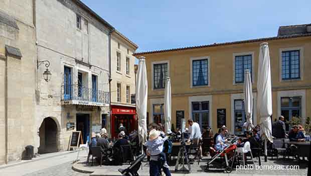 Saint-Emilion, place du Clocher