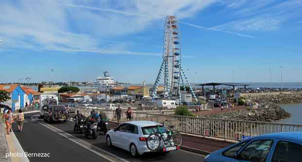 Le port de royan plaisance p che bac ferry - Horaire du bac royan ...