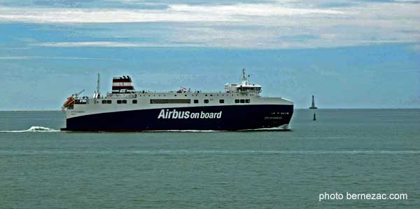 saint-palais-sur-mer, airbus on board